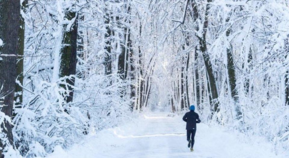Këshilla për të ruajtur lëkurën nga dëmtimet e temperaturave të ulëta në dimër.