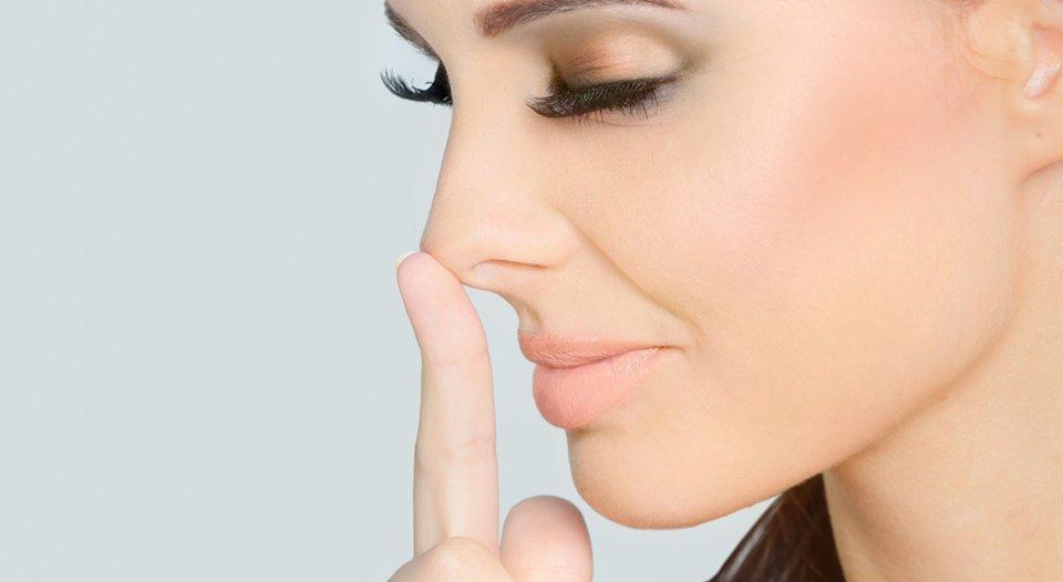 Pse ata që i nënshtrohen operacioneve estetike janë më të prirur për të lënë duhanin?